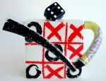 Noughts and Crosses Teapot